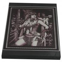 """Картина """"Девушка-охотница"""" на пластине 10×15 см"""